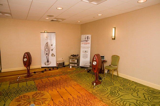 Vivid speakers on Luxman electronics and Brinkmann Bardo turntable